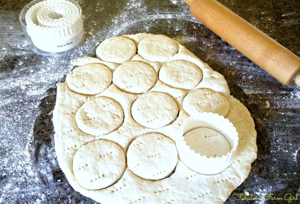 3 Tricks For making Perfect Buttermilk Biscuits by FabulousFarmGirl. These simple tricks will have you making the best buttermilk biscuits your family has ever tasted. Yum!